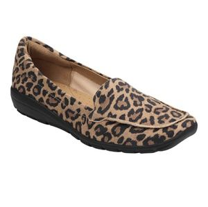 New without box/tag Leopard Loafers